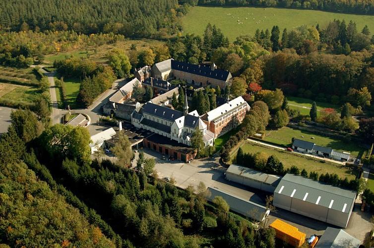 Abbaye Notre-Dame de Saint-Remy -Alles wat u moet weten om uw wandeling in de Ardennen voor te bereiden